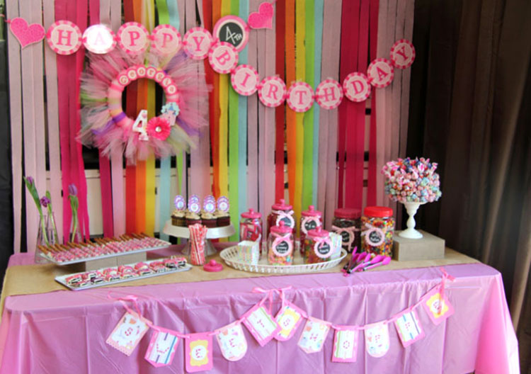 Sweet Shoppe birthday table for 4th birthday party